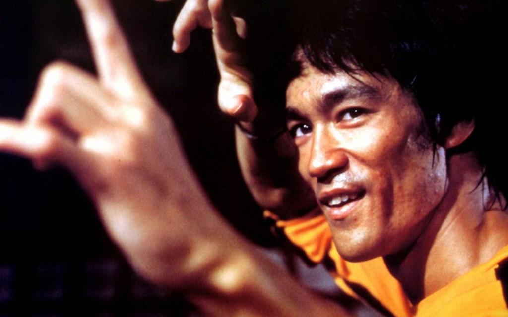 Bruce-Lee-Fingers